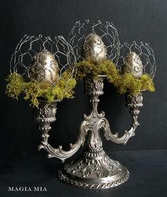 Magia Mia: Chicken Wire Candelabra Easter Eggs Chartreuse Reindeer Moss