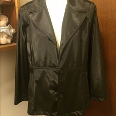 """Black Large Jacket 21 1/2"""" from arm pit to arm pit. 29"""" from top to bottom.  $3,$4,$5 ITEMS MUST BE BUNDLEDPrices in this Closet are LOW AND FIRM. No bargaining needed Makes it so much easier to just offer low low prices from the start ASK ALL THE QUESTIONS YOU WANT BEFORE PURCHASING. BUYER AND SELLER AGREE ALL SALES ARE FINAL. TRADE VALUE IS $5.00 HIGHER THAN LISTED SALE PRICE!! Mix it Jackets & Coats"""