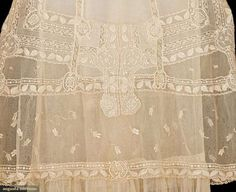 Summer Tea Gowns (image 4) | 1915 | cotton, lace | Augusta Auctions | May 11, 2016/Lot 2089