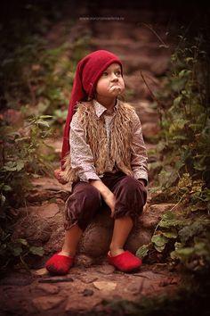 Детские Фотографии, Детские Фото, Самодельные Костюмы На Хэллоуин, Карнавальные Костюмы, Старинные Фотографии, Детская Одежда, Детская Фотография, Эльф, Детские Портреты
