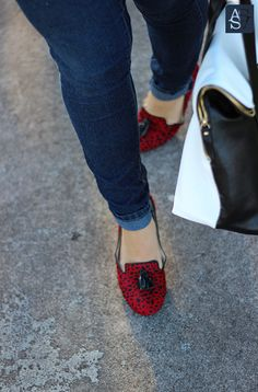 ShoeMint Loafers   http://shmnt.co/WaxcES