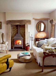 country cottage living room slipcovered sofa