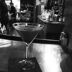 Observing and recording my surroundings like the writer I am.  #lbloggers #martini #queen #atx #bnw_captures #style #singleandfabulous