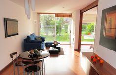 Vivenza es un conjunto integral de vivienda campestre ubicado en Chía, único en Colombia.            Con 25.000 mt² de zonas verdes, más de 3.000 mt² de