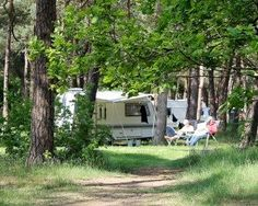 Off Road Camping, Camping Glamping, Happy Campers, Outdoor Life, Tuscany, Offroad, Recreational Vehicles, Outdoor Structures, Places