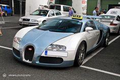 Premium Class Taxi... Who want to test Bugatti Veyron Taxi??