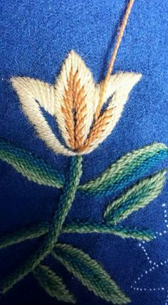 Needlepoint Stitches, Needlework, Crewel Embroidery, Embroidery Patterns, Thread Painting, Ribbon Work, Textiles, Embroidered Flowers, Sewing Crafts