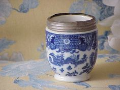 Old Vintage Royal Worcester England Silver Rimmed Blue Willow Container Desk Organizer