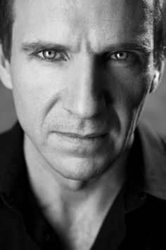 Ralph Fiennes is Lord Voldemort Harry Potter Deathly Hallows Movie Ralph Fiennes, Le Patient Anglais, Sarah Dunn, Beautiful Men, Beautiful People, Harry Potter, Cinema, Person Of Interest, Raining Men