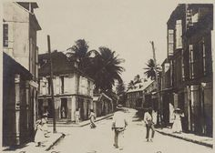 1900 Faubourg de la source PAP Guadeloupe) Pointe-a-Pitre is an over grown village, dating architecturally from it's last disaster the earthquake of Caribbean Culture, Caribbean Art, Old Images, Old Pictures, Pointe A Pitre, French West Indies, Outre Mer, Saint Martin, Vintage Photos