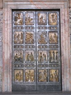 I have to touch the Vatican door again!