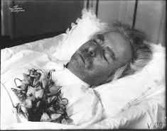 Image result for post-mortem photography of celebrities