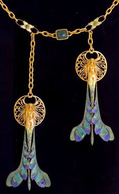 Necklace with two pendants. Rene Lalique (1860-1945) Gold, enamel. ca. 1897-1899.