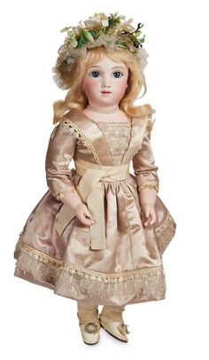 Outstanding French Bisque Bebe A.T. by Andre Thuillier, Size 7, with Bisque Hands 28,000/35,000 Auctions Online | Proxibid