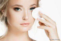 Quel démaquillant pour une peau acnéique ?