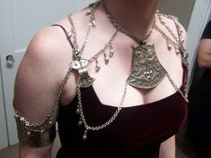 Barsoomian/Estonian Inspired Pectoral Jewelry (M) Tribal Costume, Character Costumes, 2d Character, Body Chain Jewelry, Family Jewels, Belly Dance Costumes, Tribal Fusion, Diy Fashion, Jewelry Design