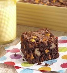 From smoothies to salsas, salads and more, the National Mango Board has lots of recipes to choose from. Make these delicious mango brownies for dessert! Mango Chocolate, Unsweetened Chocolate, Chocolate Brownies, Whole Wheat Flour, Brownie Recipes, Blondies, Fudge, Brown Sugar, Mango Desserts