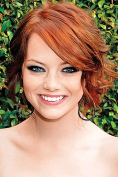 Emma Stone 2008 - red head. This is what I need to look like on my wedding day.