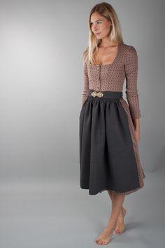 German dirndl dress in neutral colors Modern Fashion, Cute Fashion, Vintage Fashion, Fashion Outfits, Dirndl Outfit, Traditional Dresses, I Dress, Dress To Impress, Nice Dresses