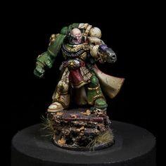 Warhammer 40 | Space Marines | Space Marrine Commander #warhammer #40k #40000 #wh40k #wh40000 #warhammer40k #gw #gamesworkshop #wellofeternity #miniatures #wargaming #hobby #tabletop