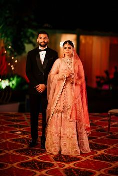 A Pretty Destination Wedding In Udaipur You Must Check Out! - Witty Vows Indian Destination Wedding, Indian Wedding Couple, Indian Wedding Planning, Indian Bridal, Wedding Couple Poses Photography, Indian Wedding Photographer, Elegant Bride, Beautiful Bride, Bridal Outfits