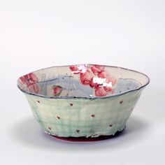 Le Don du Fel : the European center for contemporary ceramics housing the art of Suzy Atkins, the saltglaze of the Poterie du Don and the Galerie du Don Ceramic Decor, Ceramic Clay, Ceramic Painting, Ceramic Artists, Ceramic Bowls, Stoneware, Pottery Plates, Ceramic Pottery, Pottery Art