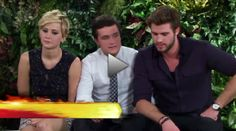 VIDEOS: MTV Fan Tribute Interview With The Catching Fire Cast