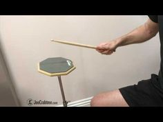 Drum Lesson: Push Pull Technique - Tip Drum Lessons, Music Lessons, Bucket Drumming, Music Lesson Plans, How To Play Drums, Double Bass, Music School, Tambourine, Music Therapy