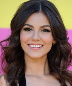 Victoria Justice Hair 2013 | Victoria Justice at 2013 KCA's hair and makeup by Lusine | Yelp