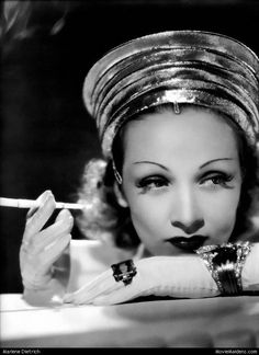Marlene Dietrich - 1930s actress ... when she was young - MovieMaidens.com