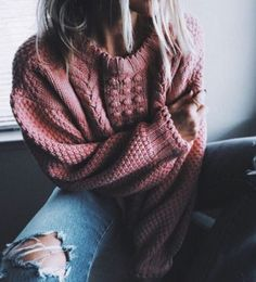 $80 Pretty Pink Blush Rose Knitted Bobble Sweater Jumper With Plain Ripped Blue Denim Jeans Casual Chic