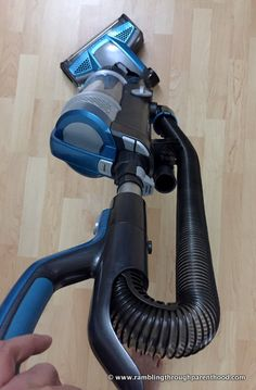 Swivel steering on the new Bissell PowerGlide Cordless vacuum cleaner - powerful and portable all rolled into one!