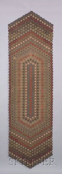 AMERICAN FURNITURE & DECORATIVE ARTS - SALE 2349 - LOT 45 - WOOL AND COTTON PENNY RUG, AMERICA, LATE 19TH/EARLY 20TH CENTURY, THE RUG COMPOSED OF CONCENTRIC DISCS OF ... - Skinner Inc