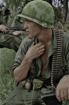 US M60 Gunner in Vietnam