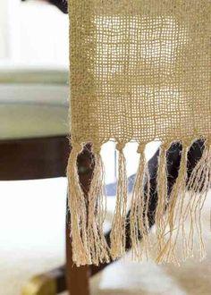 chemin de table en toile de jute et DIY déco de table de fête