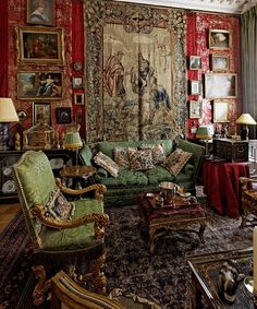 Exquisite antiques and an expert eye make this Parisian apartment one for the history books.