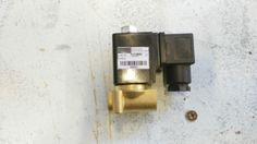 Elettrovalvola-normalmente-chiusa-1-8-034-230Vac-50-60Hz-2-2-Vie-Vero-affare