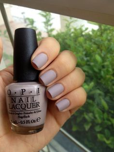 OPI: Taupe-less beach MATTE