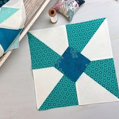 Hand Pieced QAL: Quilter's Knots and the Running Stitch - Simple. Quilt Patterns Free, Baby Knitting Patterns, Scarf Patterns, Knitting Tutorials, Quilt Design Wall, Sewing Classes For Beginners, Finger Knitting, Free Knitting, Teapot Cover