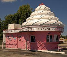 ice cream in St Joseph, Missouri Unusual Buildings, Roadside Attractions, Old Signs, St Joseph, Saint Joseph Missouri, Picture Design, Pretty In Pink, Places To Go, Cali