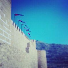 Pendones al viento. Villena Medieval 2014 Barrio El Rabal Villena  #Villenamedieval14 @elrabalvillena #Villenamedieval #Villena #SMTurismo