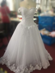 Off the Shoulder Princess Wedding Dress with Lace