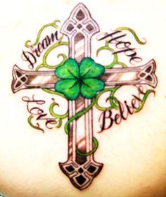 Celtic Cross and clover, http://tinyurl.com/bxjxsa