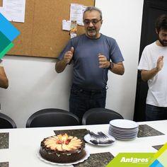 Aniversário do nosso querido diretor associado Sérgio Rique.