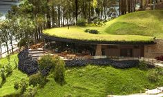 Restaurant in the mountain Outdoor Garden Rooms, Earth Sheltered Homes, Earthship Home, Eco Buildings, Futuristic Home, Underground Homes, Earth Homes, Organic Architecture, Green Building
