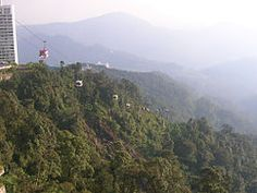 Google Image Result for http://upload.wikimedia.org/wikipedia/id/thumb/f/fd/Genting_Skyway.jpg/250px-Genting_Skyway.jpg