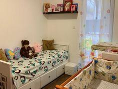 Budapest XXII. kerület Eladó Ház Budapest, Toddler Bed, Furniture, Home Decor, Child Bed, Decoration Home, Room Decor, Home Furnishings, Home Interior Design