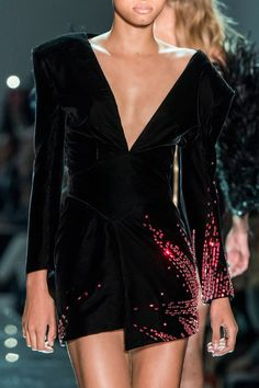 Alexandre Vauthier at Couture Spring 2017 - Details Runway Photos Fashion 2017, Couture Fashion, Runway Fashion, High Fashion, Sexy Dresses, Evening Dresses, Short Dresses, Fashion Dresses, Couture Details
