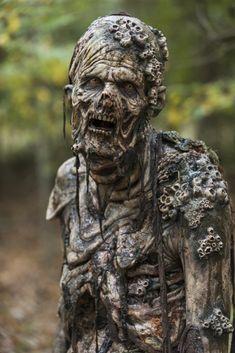 Walker - The Walking Dead _ Season 7, Episode 15 ---