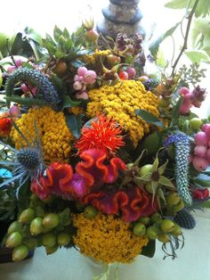 Now this is a flower arrangement !